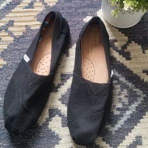 TOMS Women's Black Ortholite slip-on shoes Size 8